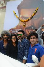 Makarand Deshpande at Dagdi Chwal promotions in Bharat Mata on 4th Oct 2015 (25)_56122a2185628.JPG