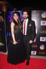 Nakuul Mehta at TIFA Awards in Sun N Sand on 4th Oct 2015 (60)_56122b1a8ae59.JPG