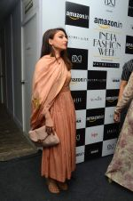 Soha Ali Khan on day 1 of Amazon india fashion week on 7th Oct 2015,1