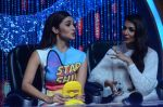 Alia Bhatt, Malaika Arora Khan at Jhalak dikhhla jaa reloaded grand finale shoot in Filmistan on 7th Oct 2015