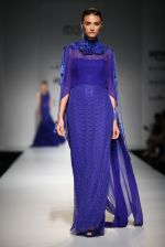Model walk the ramp for Rabani Rakha on day 1 of Amazon india fashion week on 7th Oct 2015 (92)_56160d9815f07.JPG