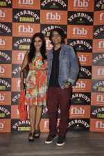Nagesh Kukunoor, Nisha Jamwal at Stardust Starmaker in Villa 69 on 7th Oct 2015 (10)_5616222b8044a.JPG