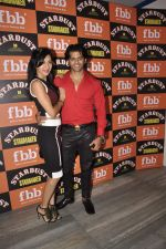 Teejay Sidhu, Karanvir Bohra at Stardust Starmaker in Villa 69 on 7th Oct 2015