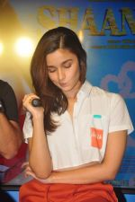 Alia Bhatt at Shaandaar song launch on 8th Oct 2015