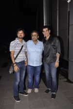 Kunal Ganjawala at umang kumar bday on 8th Oct 2015 (14)_5617aed83859e.JPG