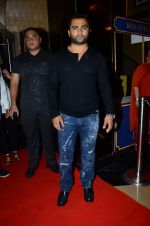 Sachiin Joshi at Jazbaa premiere on 8th Oct 2015
