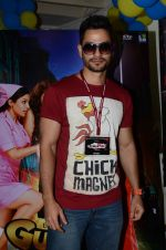Kunal Kemmu at Lala Lajpatrai college for promotions of Guddu Ki Gun on 10th Oct 2015 (14)_5619265373053.JPG