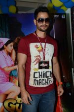 Kunal Kemmu at Lala Lajpatrai college for promotions of Guddu Ki Gun on 10th Oct 2015 (16)_561926f065cde.JPG