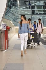 Athiya Shetty snapped at airport on 11th Oct 2015