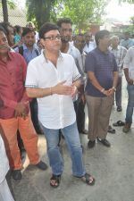 Sachin Pilgaonkar at Ravindra Jain funeral on 10th Oct 2015 (40)_561b50b18f7f8.JPG