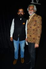 at the grand Finale of Amazon India Fashion Week on 11th Oct 2015 (25)_561b6343540b1.JPG