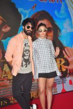 Shahid Kapoor, Alia Bhatt snapped promoting Shaandaar in Enigma on 13th Oct 2015
