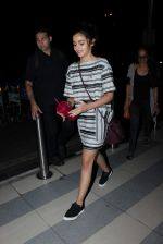 Alia Bhatt snapped at airport on 14th Oct 2015