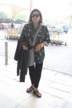 Farah Khan snapped at airport on 14th Oct 2015