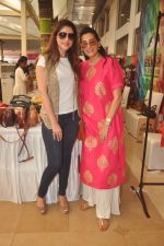 Mana Shetty at Araish in Blue Sea on 14th Oct 2015 (35)_561f9ef8be785.JPG
