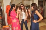 Mana Shetty at Araish in Blue Sea on 14th Oct 2015 (36)_561f9efa5d1bf.JPG