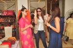 Mana Shetty at Araish in Blue Sea on 14th Oct 2015 (37)_561f9efbb5593.JPG