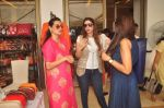 Mana Shetty at Araish in Blue Sea on 14th Oct 2015 (38)_561f9efcdea60.JPG