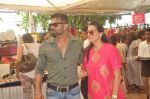 Mana Shetty, Sunil Shetty  at Araish in Blue Sea on 14th Oct 2015 (82)_561f9f12c6799.JPG