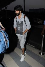 Shahid Kapoor snapped at airport on 14th Oct 2015