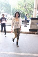 Shruti Haasan snapped at airport on 14th Oct 2015