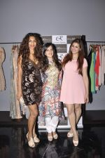 Vahbbiz Dorabjee, Sandhya Shetty at Amy Billimoria festive collection launch in Juhu on 14th Oct 2015 (112)_561f9d103058c.JPG