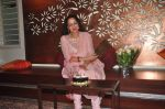 Hema Malini celebrates bday with media on 15th Oct 2015 (27)_5620f9bc77b6b.JPG