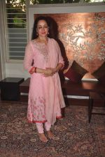 Hema Malini celebrates bday with media on 15th Oct 2015 (4)_5620f9982b509.JPG