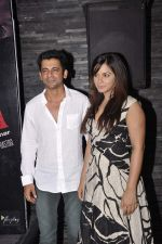 Neetu Chandra, Sunil Grover at Once Upon a Time in Bihar film launch on 15th Oct 2015 (60)_5620f55930d0e.JPG