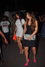 Amrita Arora at Sanjay Kapoor_s bday on 16th Oct 2015 (41)_56236c5b2dc49.JPG