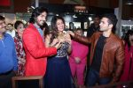 Anushka Ranjan, Karan Grover, Diganth inaugurate Glitter 2015 on 16th Oct 2015 (48)_56236bff3ab7d.JPG