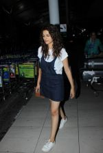 Shraddha Das snapped at airport on 16th Oct 2015