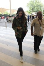 Shweta Bachchan snapped at airport on 17th Oct 2015