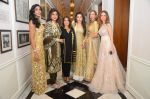 Suzanne Khan at abu jani charity show on 16th Oct 2015 (251)_56236591d7904.JPG