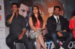 Zarine Khan, Karan Singh Grover, Daisy Shah, Sharman Joshi at Trailer launch of film Hate Story 3 on 16th Oct 2015 (42)_562370f7ce552.JPG