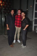 wasim akram at Sanjay Kapoor_s bday on 16th Oct 2015 (54)_56236cff51efa.JPG