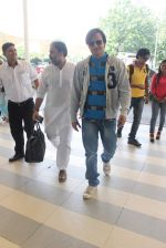 Vivek Oberoi snapped at airport on 18th Oct 2015