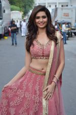 Karishma Tanna at Life OK Prem Ki Diwali Shoot in Mumbai on 19th Oct 2015 (98)_5625f426f1aba.JPG