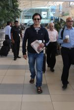 Vivek Oberoi snapped at airport on 19th Oct 2015