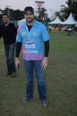 Armaan Kohli at Sunil Shetty_s Mumbai Heroes at Pitch Blue corporate match on 20th Oct 2015 (81)_562745f4b9e44.JPG