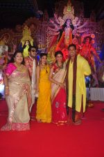 Sumona Chakravarti, Kavita Kaushik, Bappa Lahiri at Durga Pooja Pandal on 20th Oct 2015