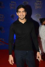 Ayan Mukerji at Beauty and the Beast red carpet in Mumbai on 21st Oct 2015 (218)_5628c64bab3ca.JPG