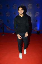 Ayan Mukerji at Beauty and the Beast red carpet in Mumbai on 21st Oct 2015 (219)_5628c6521a399.JPG