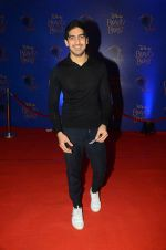 Ayan Mukerji at Beauty and the Beast red carpet in Mumbai on 21st Oct 2015 (221)_5628c65cb5e14.JPG
