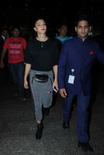 Jacqueline Fernandez snapped at airport on 21st Oct 2015