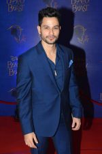 Kunal Khemu at Beauty and the Beast red carpet in Mumbai on 21st Oct 2015 (44)_5628c7684d8f2.JPG