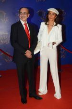 Parmeshwar Godrej, Adi Godrej at Beauty and the Beast red carpet in Mumbai on 21st Oct 2015 (282)_5628c8e95cda1.JPG