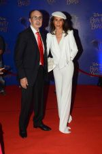 Parmeshwar Godrej, Adi Godrej at Beauty and the Beast red carpet in Mumbai on 21st Oct 2015 (284)_5628c8f08a2ab.JPG