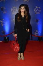 Raveena Tandon at Beauty and the Beast red carpet in Mumbai on 21st Oct 2015 (237)_5628c95d062ca.JPG