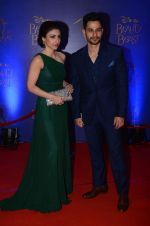 Soha Ali KHan, Kunal Khemu at Beauty and the Beast red carpet in Mumbai on 21st Oct 2015 (38)_5628c73bafca9.JPG